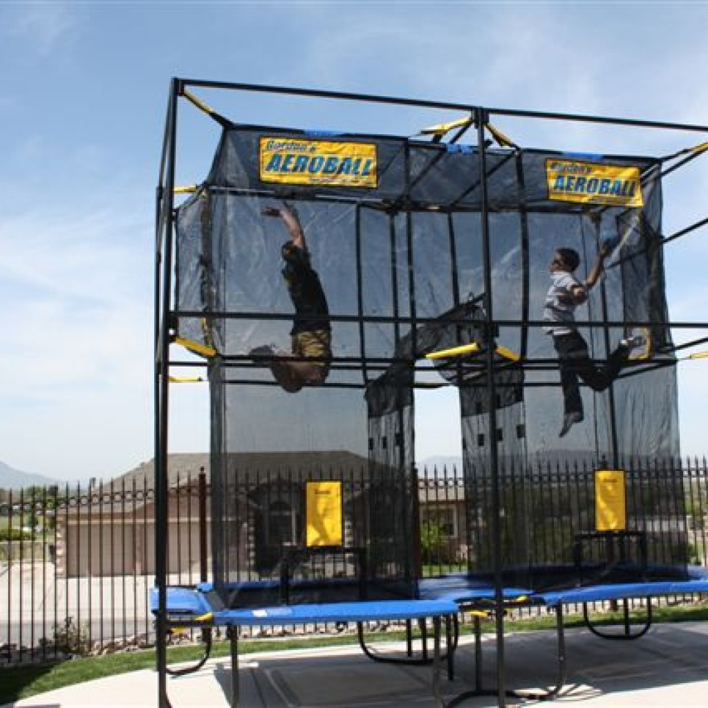Aeroball UK, sport, game, holiday park activity, farm park activity